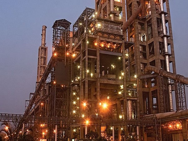 The company has 6,500 employees, 17 cement manufacturing sites and 82 concrete plants