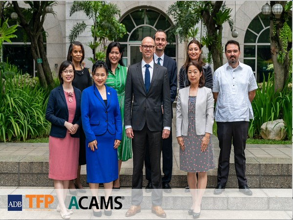 Versantvoort (third from left in first row) with ADB's TFP investment specialists Can Sutken and Nana Khurodze (third and fourth from left in second row)