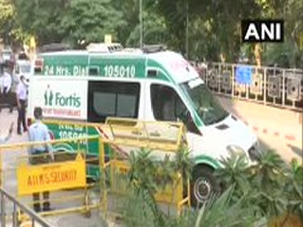 Vehicle carrying mortal remains of Union Minister Ram Vilas Paswan being carried to his residence from AIIMS, New Delhi on Friday. Photo/ANI