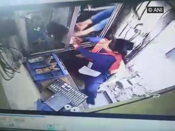 Driver assaults female Kherki Daula Toll Plaza employee. Photo/ANI