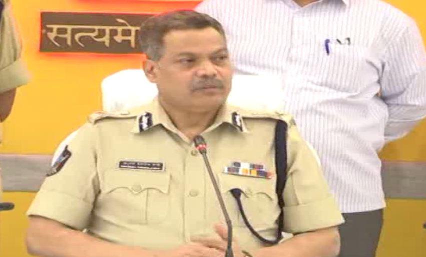 City Police Commissioner Dwaraka Tirumala Rao while addressing a press conference in Vijayawada on Tuesday. Photo/ANI