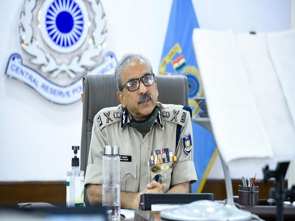 Dr AP Maheshwari, DG, CRPF