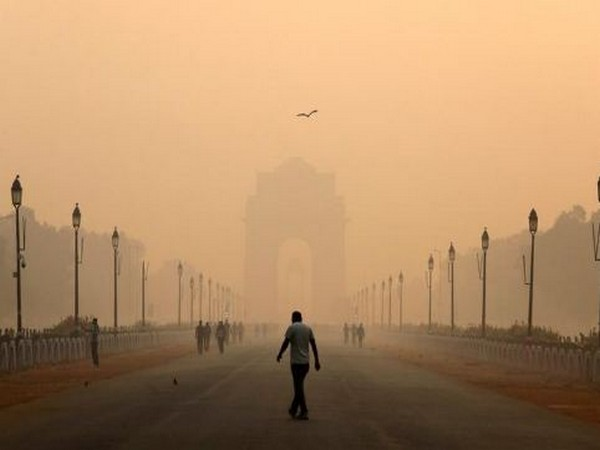 the air quality remained in poor to moderate category on Tuesday (Representative image)