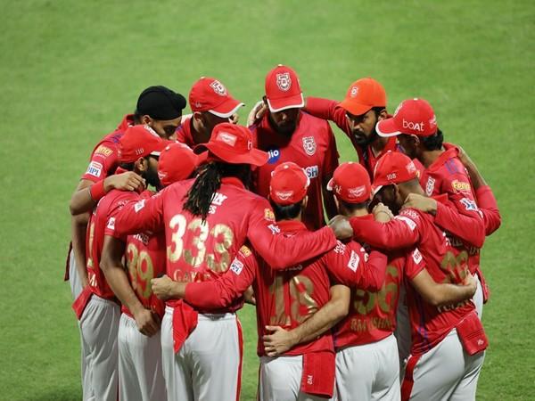 Kings XI Punjab in action against KKR (Photo/ iplt20.com)