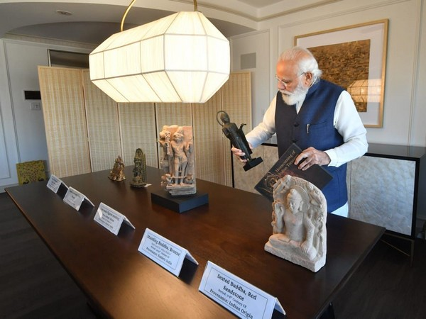 As many as 157 artefacts and antiquities were handed over by the United States during Prime Minister Modi's visit.