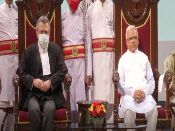 Justice Ravi Vijaykumar Malimath with  MP Governor Mangubhai C Patel at Raj Bhavan (Photo/ANI)