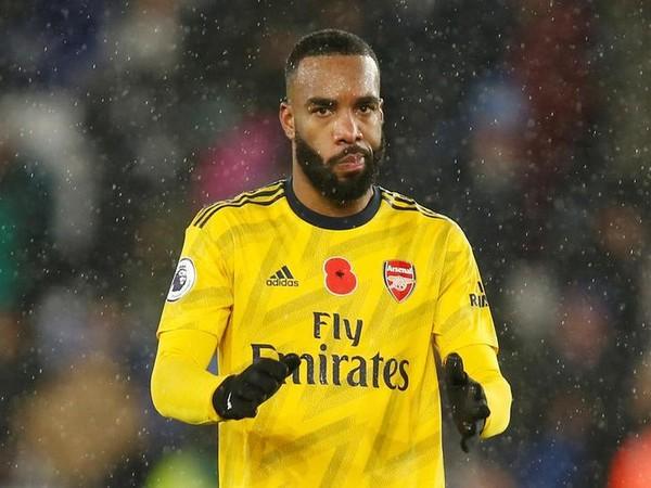 Arsenal need international break, says striker Alexandre Lacazette