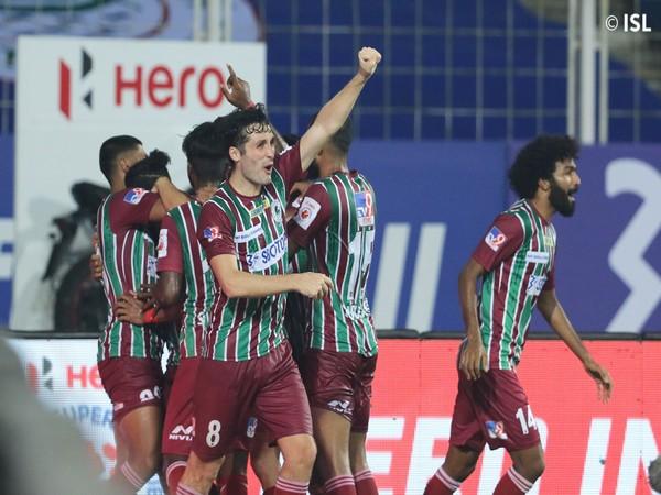 ATKMB players celebrating a late-winner by Roy Krishna (Photo/ ISL Twitter)