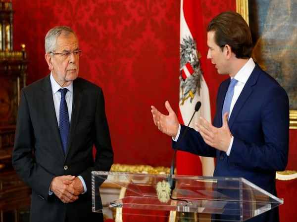 Austria's Chancellor Sebastian Kurz, right, and President Alexander Van der Bellen attend a press conference in Vienna on Sunday.