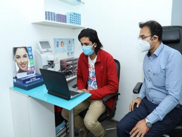 A customer attending Sankar Nethralaya teleconsultation in Titan Eyeplus store, Koramangala Bangalore