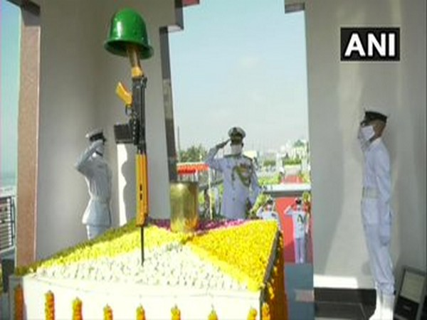 Flag Officer Commanding-in-Chief, Vice Admiral Atul Kumar Jain of the Eastern Naval Command paying tribute at Sea War Memorial in Visakhapatnam on Sunday. (Photo/ANI)