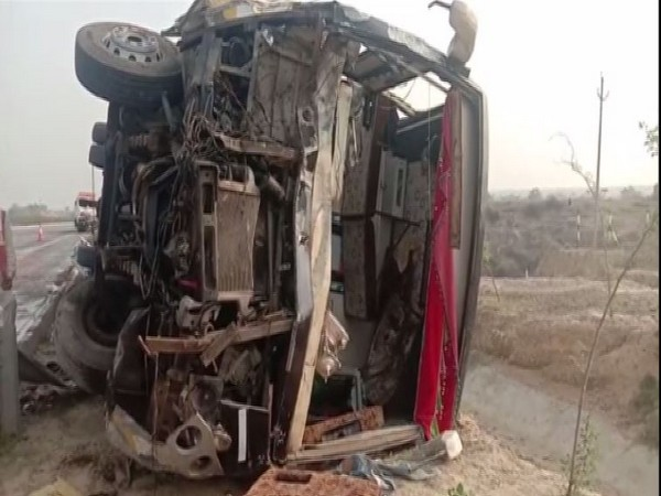 Visual of the accident at Agra-Lucknow expressway here on Monday. (Photo/ANI)