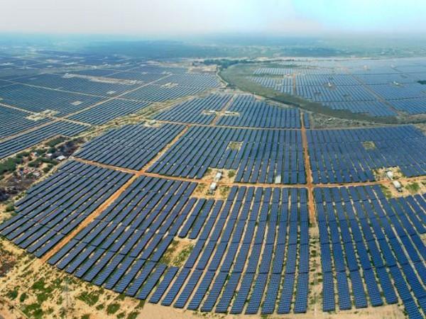 AGEL has over 14.6 GW of contracted renewable capacity.