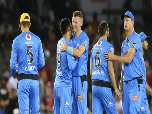 Adelaide Strikers' players celebrating after Sunday's win against Melbourne Renegades. (Photo/Adelaide Strikers Twitter)