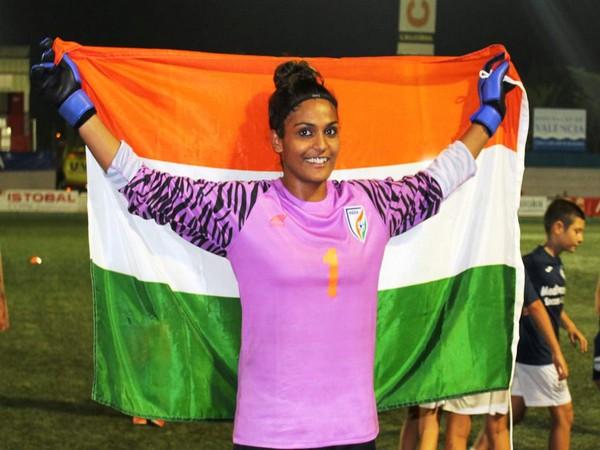Indian women's team goalkeeper Aditi Chauhan (Photo/Indian Football Team Twitter)