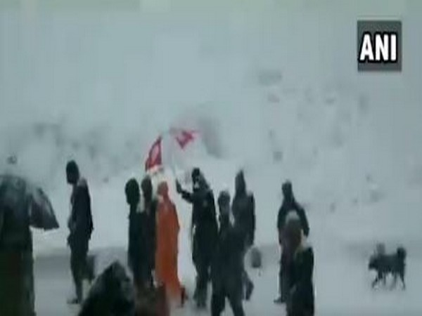 UP Yogi Adityanath departed from snow-clad Kedarnath temple premises after the closing day ceremony. [Photo/ANI]