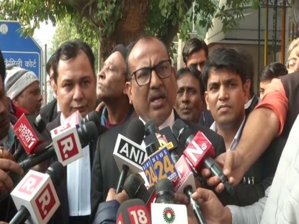 Nirbhaya's parents' Advocate Jitendra Kumar Jha speaking to reporters in New Delhi on Tuesday. Photo/ANI