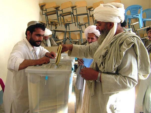 A man votes in Kabul (Representative Image)