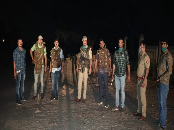 Agra police personnel at the encounter site. [Photo/ANI]