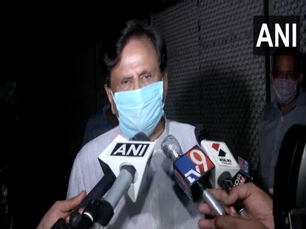 Congress leader Ahmed Patel speaks to reporters on Thursday. (Photo/ANI)