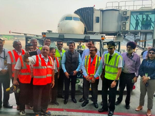 Air India CMD Ashwani Lohani flagged off AI665 from Delhi to Mumbai at Terminal 3 on October 15, 2019. (Photo/ANI)