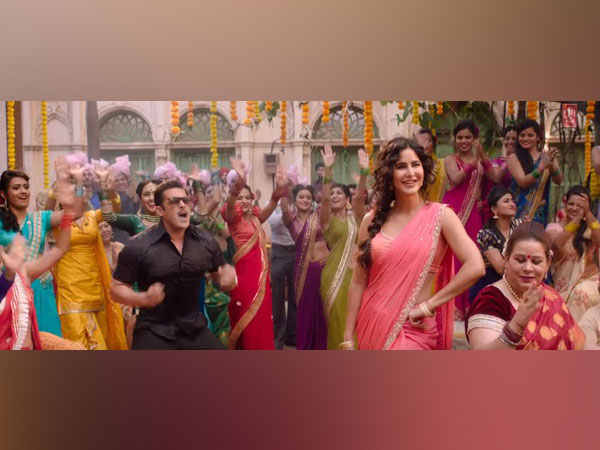 A still from the song in 'Bharat'