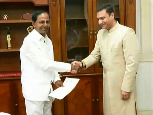 AIMIM leader Akbaruddin Owaisi met Telangana Chief Minister K Chandrashekar Rao in Hyderabad on Sunday. Photo/ANI