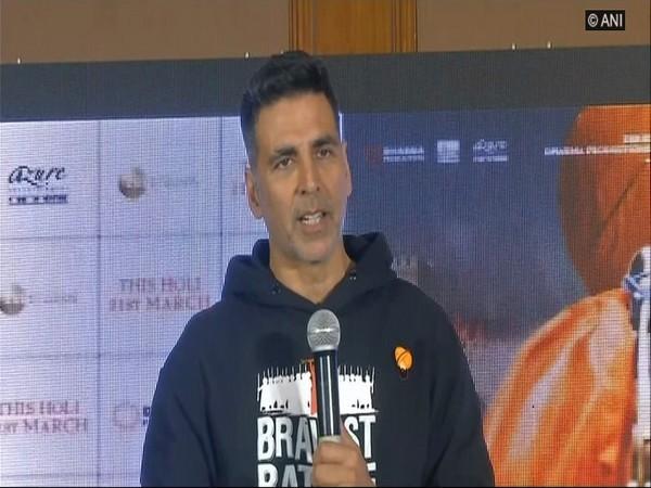 Akshay Kumar, adressing a press meet.