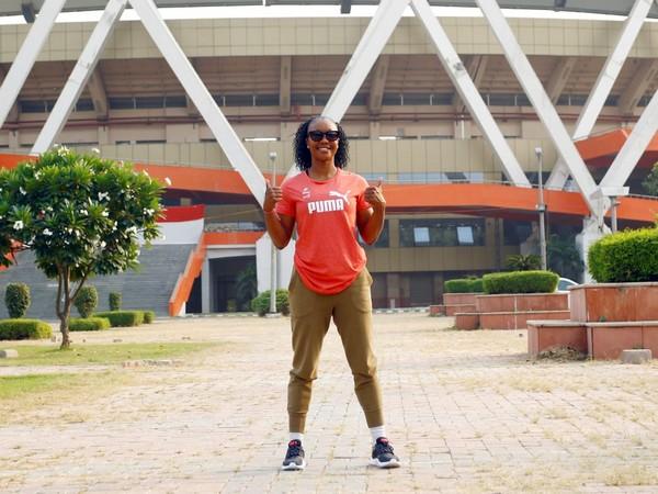 Carmelita Jeter, Carmelita Jeter, Olympic, India