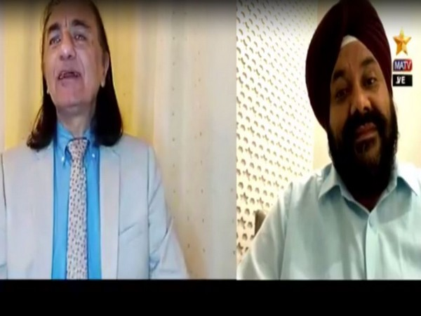 PoK activist Amjad Ayub Mirza (L) during a conversation with Chairman of PHD Chamber of Commerce and Industry (Kashmir Chapter) Baldev Singh Raina (R) (Video grab: Facebook)