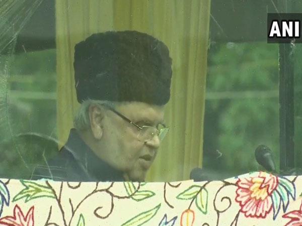 Jammu and Kashmir Governor Satya Pal Malik addressing a gathering on 73rd Independence Day event in Srinagar on Thursday. (Photo/ANI)