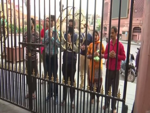 Handful of devotees seen at Sitla Mata Temple in Amritsar. (image/ANI)