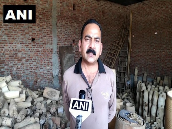 Amroha's 'Dholak' businessman speaks to ANI.