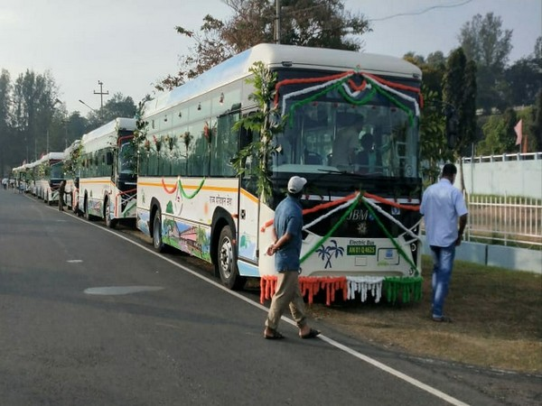 Visual of electric buses being flagged off at Andaman (Photo/PIB)