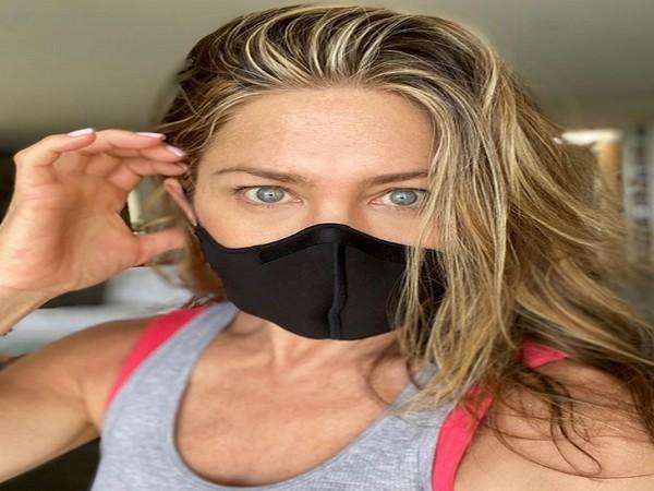 Actor Jennifer Aniston urges people to wear mask (Image source: Instagram)