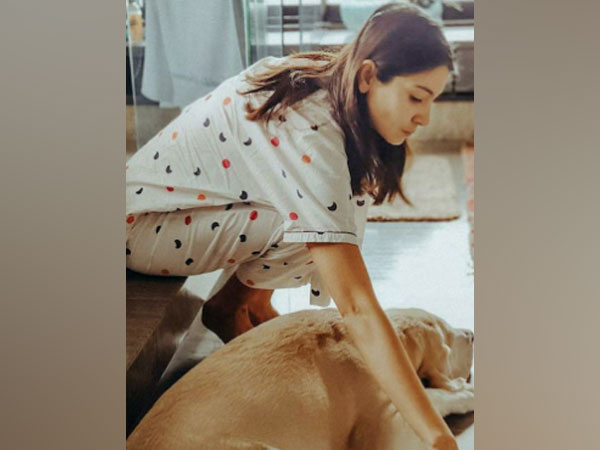 Actor Anushka Sharma with her dog Dude (Image Source: Instagram)