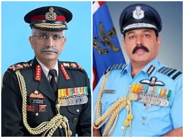 Army Chief Gen MM Naravane (left) and Air Force Chief RKS Bhadauria.