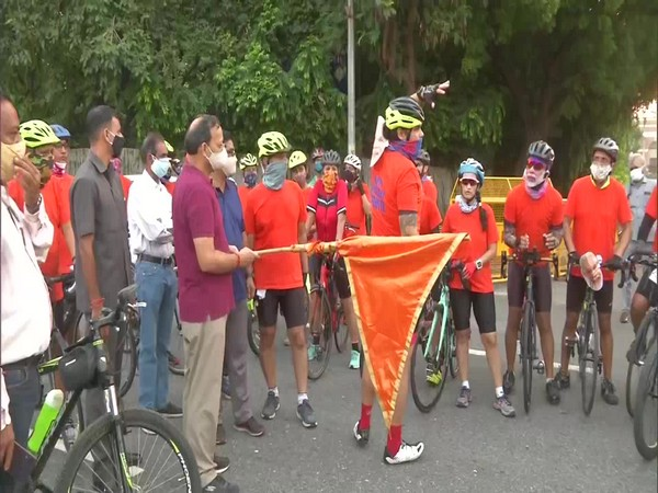 BJP MP Arun Singh flagged off a cycle rally on the occasion of Prime Minister Narendra Modi's birthday.