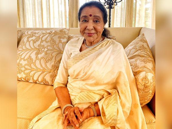Legendary singer Asha Bhosle (Image source: Twitter)