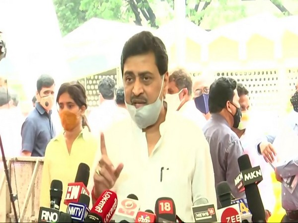 Maharashtra Minister Ashok Chavan speaking to reporters in Mumbai on Monday. Photo/ANI