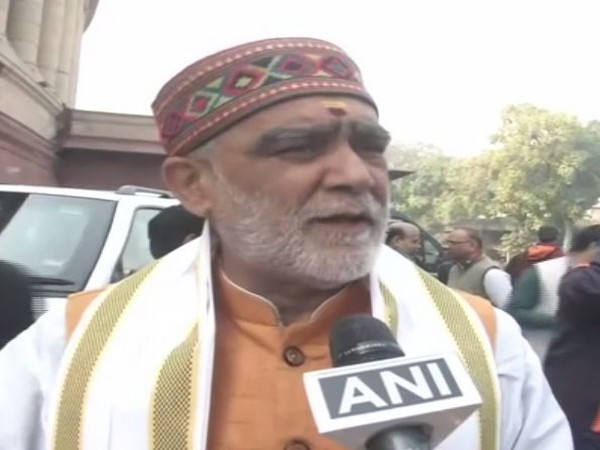 Union Minister of State for Health and Family Welfare Ashwini Choubey speaking to reporters in Delhi on Tuesday. (ANI)