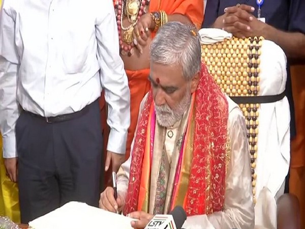 Ashwini Kumar Choubey taking charge As MoS in Ministry of Health (file photo)