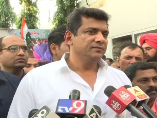 Maharashtra Minister and Congress leader Aslam Sheikh speaking to reporters on Friday. Photo/ANI