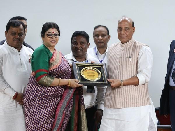 Dr Sohini Sastri with Rajnath Singh.