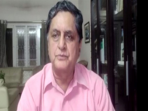 Astronomer RC Kapoor speaking in Bengaluru. Photo/ANI