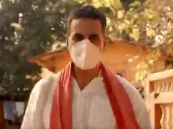 A still from actor Akshay Kumar's new short film on coronavirus (Image Source: Twitter)
