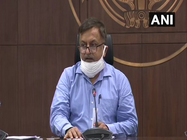 Uttar Pradesh Additional Chief Secretary Awanish Awasthi speaking at a press conference in Lucknow on Wednesday. Photo/ANI