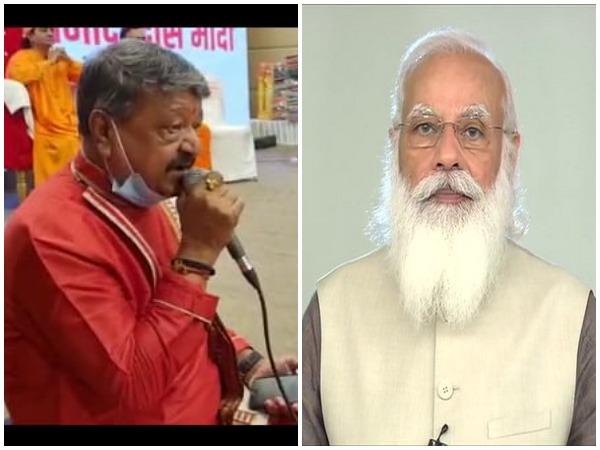 BJP's Kailash Vijayvargiya started PM Modi's birthday celebration on a musical note (Photo/ANI)
