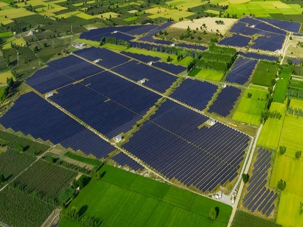 APGL is an independent power producer, a developer and an operator of utility and commercial scale solar PV power plants.