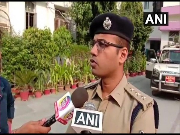 ASP Swarn Prabhat speaking to reporters in Patna on Thursday. Photo/ANI